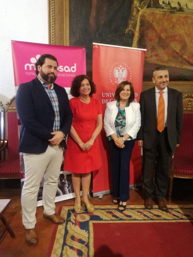 Macrosad y la Universidad de Granada presentan una cátedra sobre estudios intergeneracionales